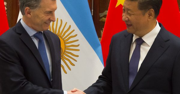 A disputa China-EUA fratura a América Latina