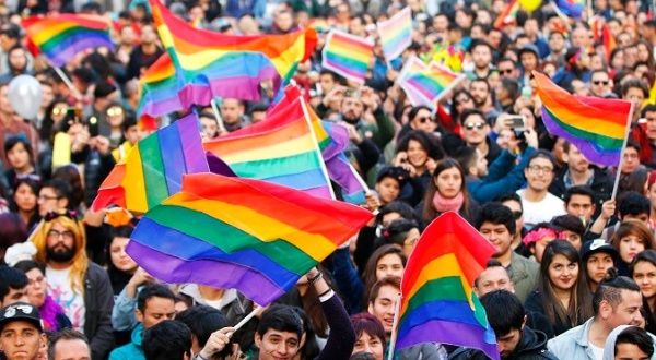 chile_lgbt_equal_marriage_valentines.jpg_1689854195