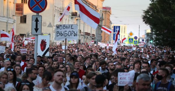 Total support for the mobilizations against Lukashenko's autocracy!