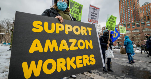 Can Amazon Be Organized? In Alabama They're Trying